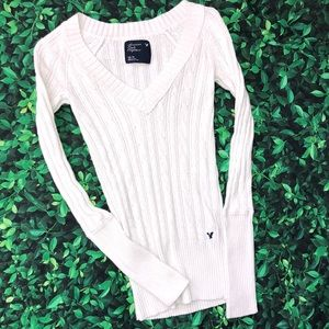 🜃 American Eagle cable knit sweater | XS | V neck